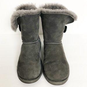 EUC UGG Bailey button classic grey boots
